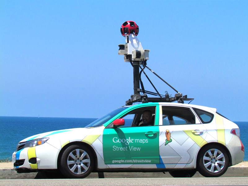 Let's All Laugh At 7 Stupid Crooks Caught On Camera By Google's Street View Car